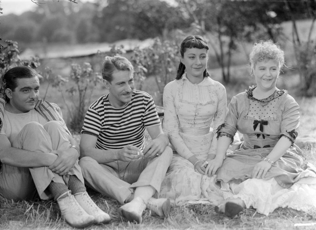 """Piquenique """"impressionista"""": de 1946, um dia no campo e ingredientes """"direto do produtor"""", por Jean Renoir e Guy de Maupassant :)"""